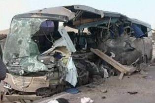 В Мексиці пасажирський автобус зіткнувся з вантажівкою: є жертви