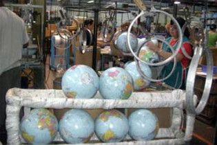 В Азербайджані продають глобуси, на яких немає Азербайджану