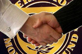 МВФ погрожує залишити Україну без грошей