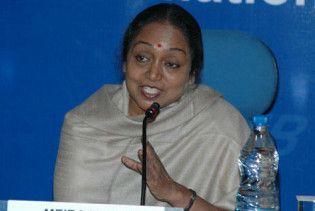 """Спікером індійського парламенту стала жінка з касти """"недоторканних"""""""