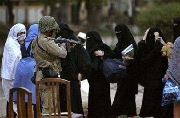 Жінки Червоної Мечеті