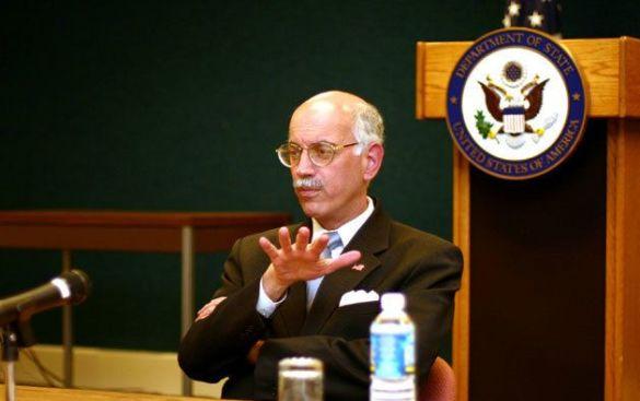 Ендрю Натсіос (Фото: state.gov)