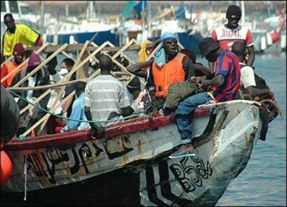 Човен зі сенегельськими нелегалами прибуває на Канарські острови