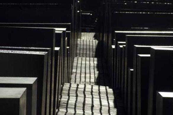 Меморіал жертв голокосту в Берліні (Фото: www.lilano.de)