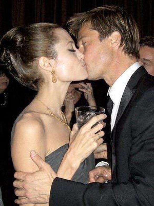 Джолі та Пітт нарешті одружуються!