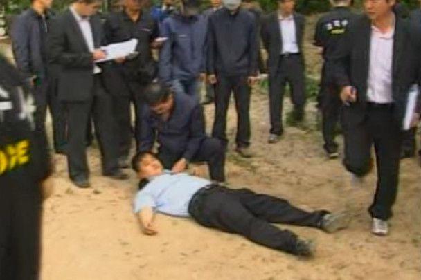 Поліція підтвердила версію про самогубство екс-президента Південної Кореї