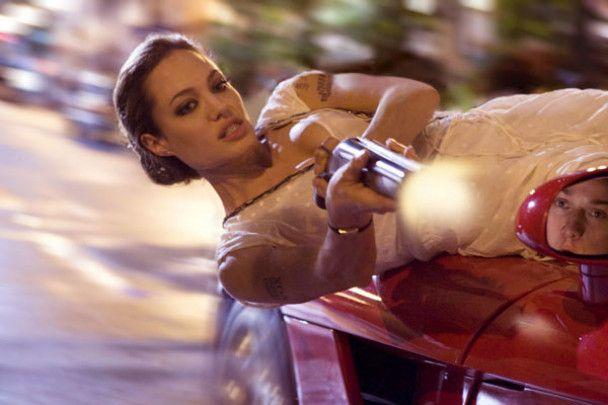 Анджеліна Джолі виклала в Інтернет своє дитяче відео