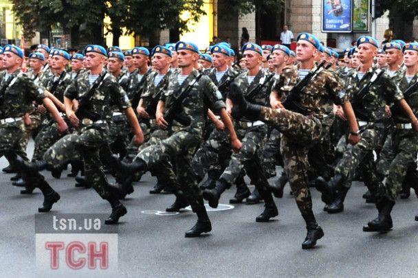 На параді за 70 мільйонів покажуть один танк