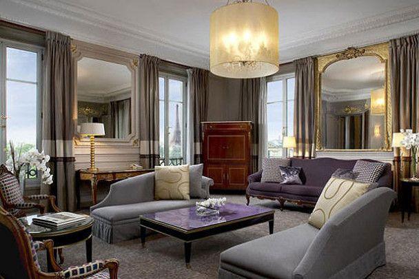 Заброньований для Обами паризький готель забастував