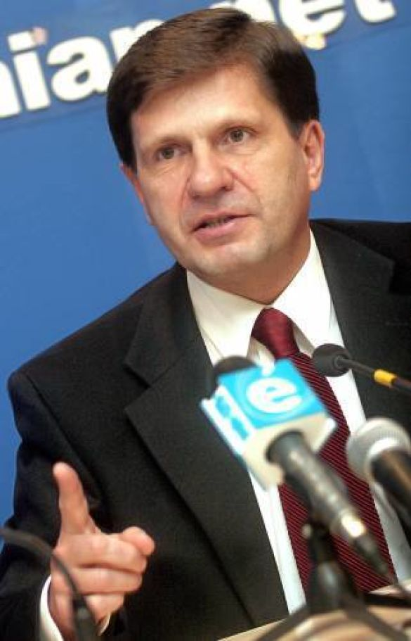 Олексій Костусєв