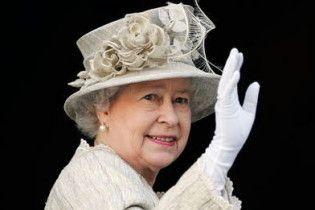Королева Британії заробила майже мільйон доларів на оренді дачних будиночків