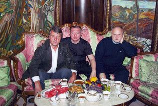 Ющенко намагався зробити Медведчука винним у своєму отруєнні - ЗМІ