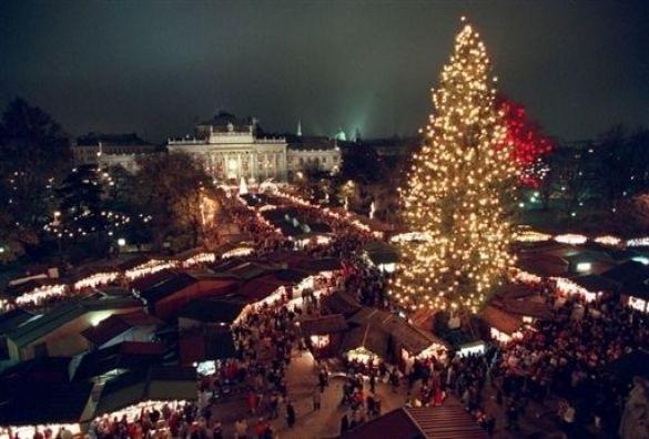 Різдвяний базар у Відні