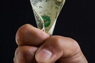 Доллар резко вырос: за него уже просят 5.05 (видео)