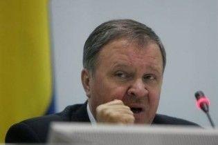 Голова ЦВК: політики компрометують Україну