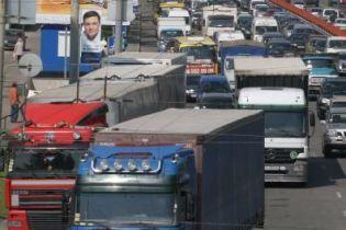 В Киеве вообще не будет грузовиков (видео)