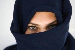 Кримські мусульманки просять владу дозволити фотографуватися в хіджабі