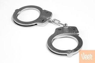В Хмельницком девушки ограбили бизнесмена (видео)