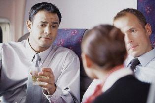П'яні росіяни покусали стюардесу