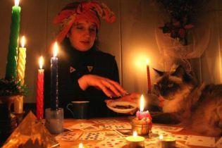 Молода українка повісилася після пророцтва ворожки про смерть