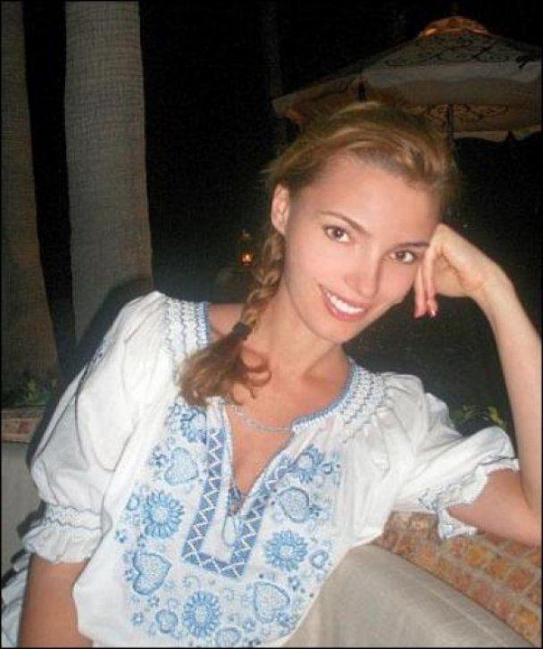 Олександра Ніколаєнко: Чоловік купує синові все, що той захоче
