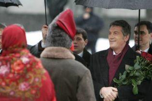 """Ющенко похвалився, що зірвав план """"поставити схід України на коліна"""""""