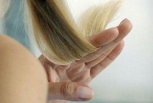 Жінка повернулася з того світу, щоб посварити родичів за відрізане волосся