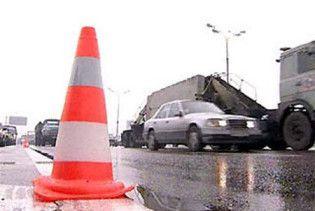 ДТП в Умані: зіткнулися 11 машин, автобус та дві вантажівки