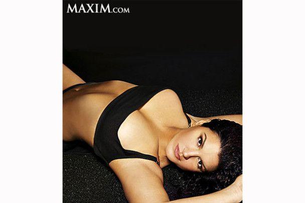 Жінка-гладіатор роздягнулась для журналу Maxim
