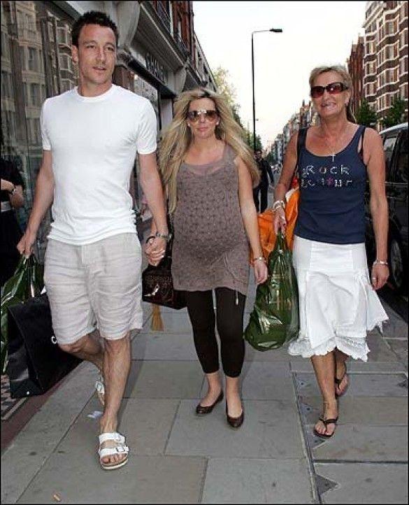 Джон Террі з дружиною і матір'ю
