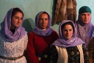 """Турецьких жінок примушують до """"самогубств честі"""" або вбивають"""