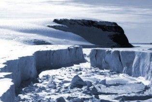 Від Антарктиди відокремився величезний льодовик