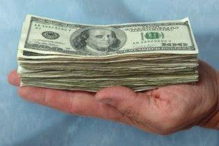 8 найбільших банків України почали дострокове повернення депозитів