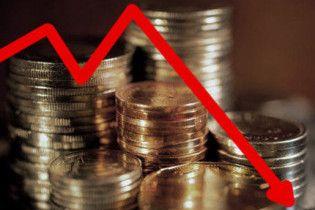 Виробництво в Україні продовжує падати