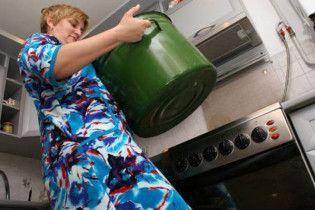 У Києві відключили гарячу воду за борги