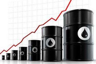 Вартість нафти вперше за рік перевищила 77 доларів за барель