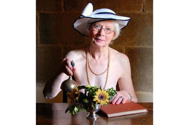 Відомі британські бабусі роздяглись для секс-календаря