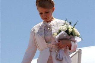 Тимошенко відлетіла до Африки за нафтою