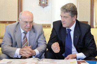 Експерт: Ющенко і Стельмах можуть спричинити економічний колапс