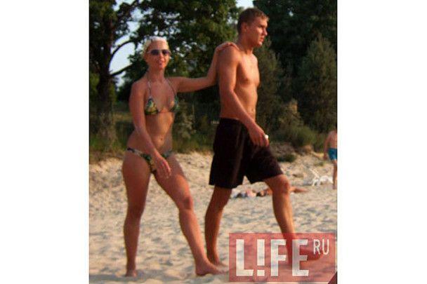 Жанна Фріске влаштувала секс-пікнік на пляжі