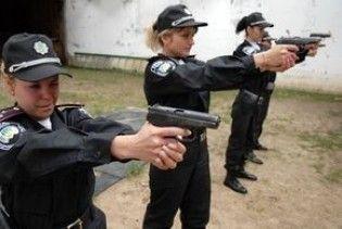 В Україні з'явилися жінки-охоронці