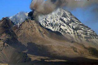 На Курильських островах найсильніше за всю історію виверження вулкану