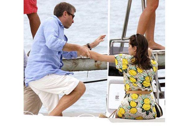 Абрамович розважився із коханою Жуковою на своїй яхті