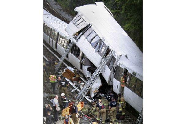 Зіткнення поїздів у метро Вашингтона