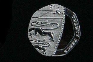 У Великобританії вперше за 300 років випустили монету з помилкою