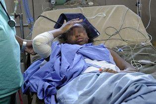В катастрофі єменського літака вижила дівчинка, яка не вміє плавати