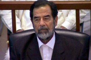 З іракських підручників приберуть ім'я Саддама Хусейна