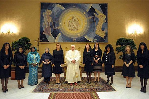 """""""Модна війна"""" перших леді на саміті G8"""
