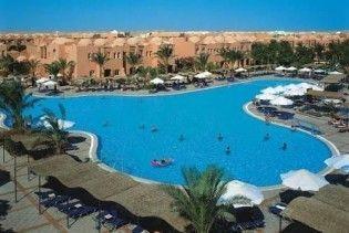 Єгипетські готелі знижують ціни через кризу та грип