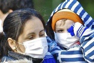 Україна отримала на боротьбу з грипом 1,5 млн доларів від 16 держав